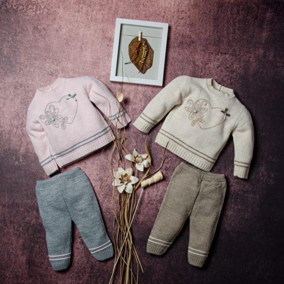 Costum tricotat de fetițe Pearl Heart Emins